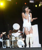 Lily Allen performs at Day 2 of Bestival on September 12, 2009 in Newport, Isle of Wight - Hot Celebs Home