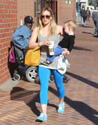 http://img238.imagevenue.com/loc383/th_290549618_Hilary_Duff_takes_son_to_a_doctors_office8_122_383lo.jpg