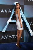 Zoe Saldana @ The ''Avatar'' Premiere in Los Angeles, Dec 16, 2009 - 114HQ