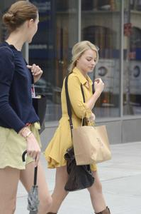 Margot Robbie - Shopping in NYC, October 3 2012