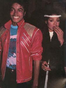 1983- Dream Girls Opening Night Th_798008216_038_8_122_56lo
