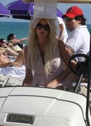 Виктория Сильвстед, фото 1482. Victoria Silvstedt bikini on the beach in Miami - 12/26/11, foto 1482